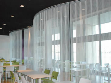 A silver color aluminum chain curtain is installed in the restaurants.